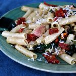 Pasta with Kale, Sun-Dried Tomatoes and Bacon (gluten-free)