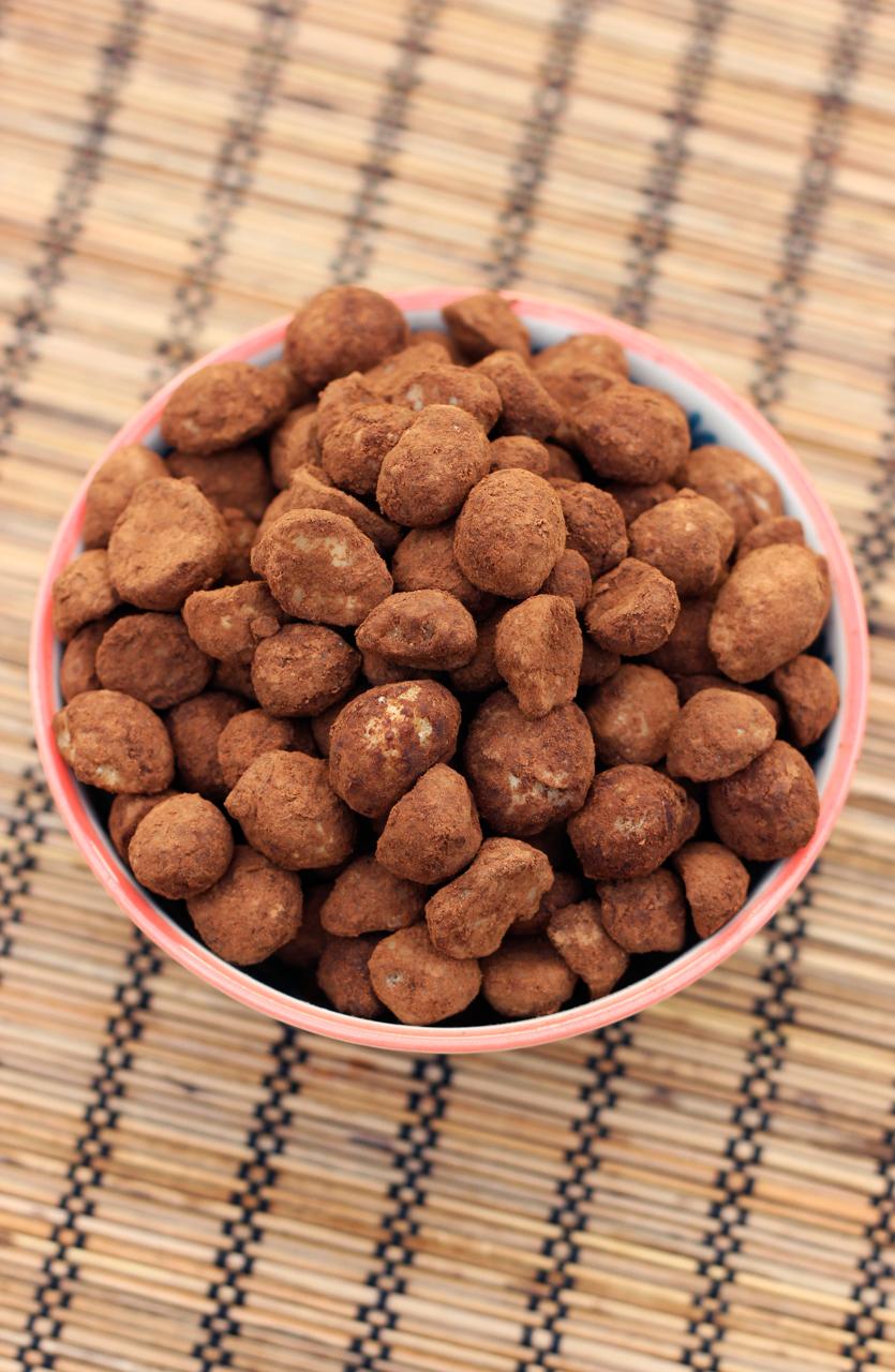Cocoa Dusted Macadamia Nuts - Gluten-free, Vegan + Refined