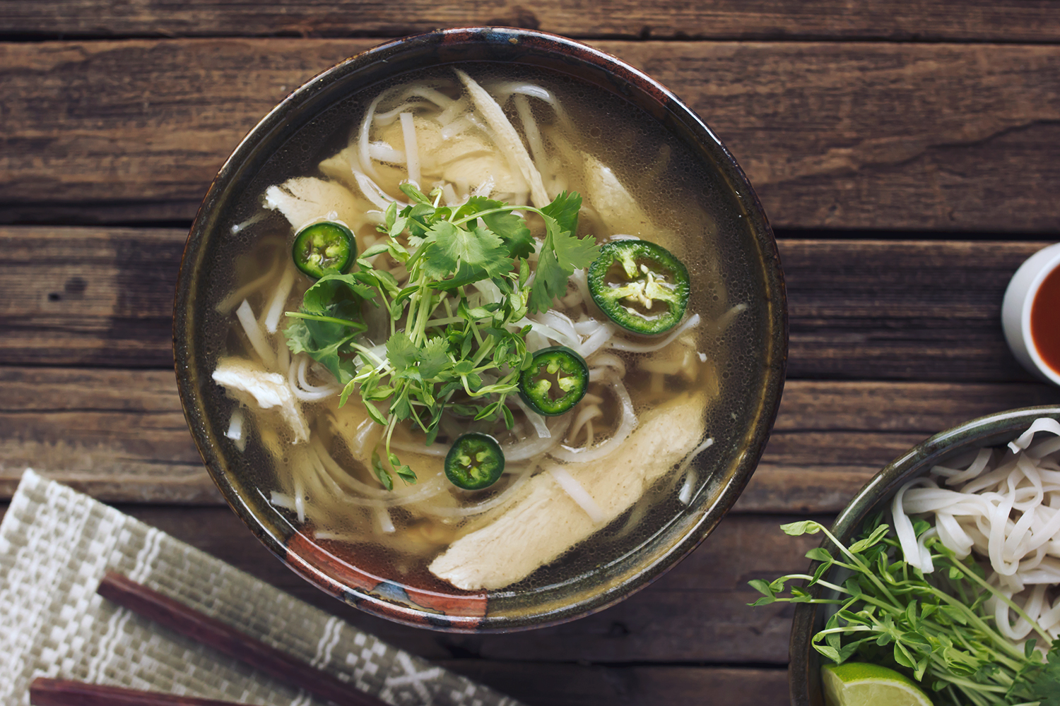 Chicken Pho (Vietnamese Noodle Soup) - Tasty Yummies