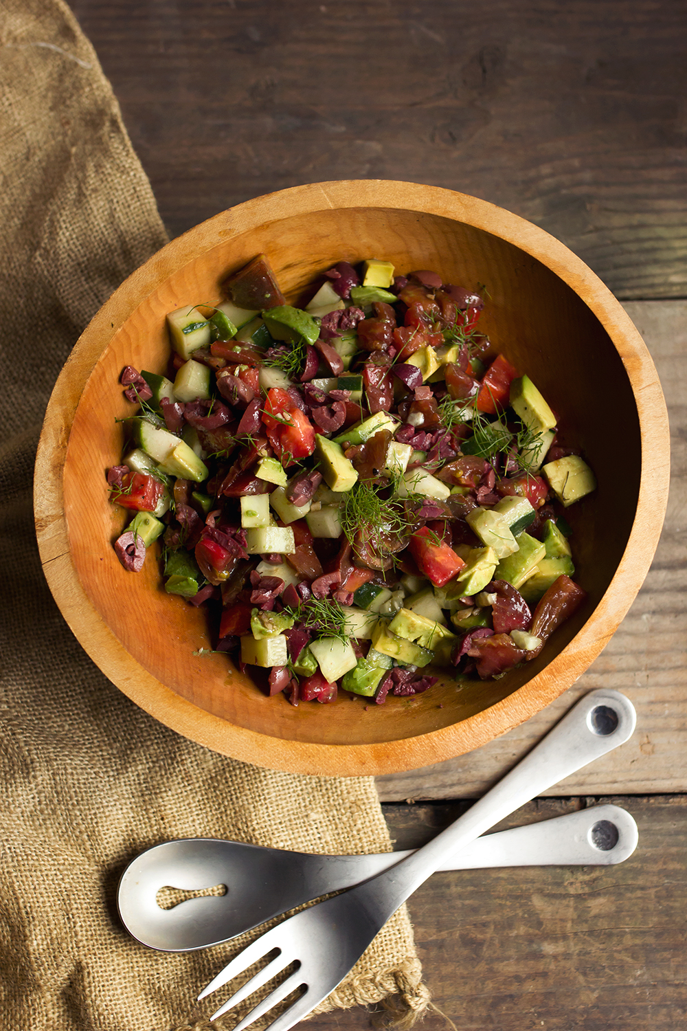 Tomato Cucumber Salad with Avocado and Olives - Tasty Yummies